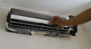 Indoor AC Perawatan pada AC Split